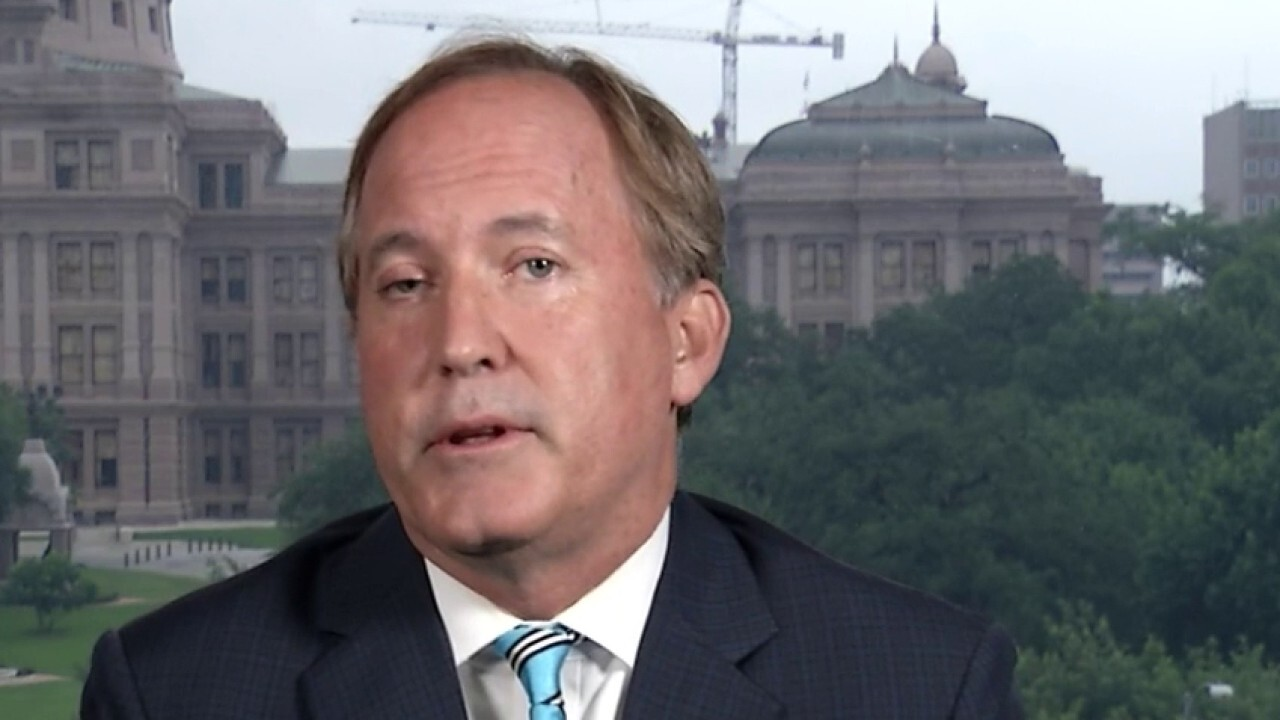 Texas AG puts looters, rioters on notice: 'You'll be prosecuted under federal law'