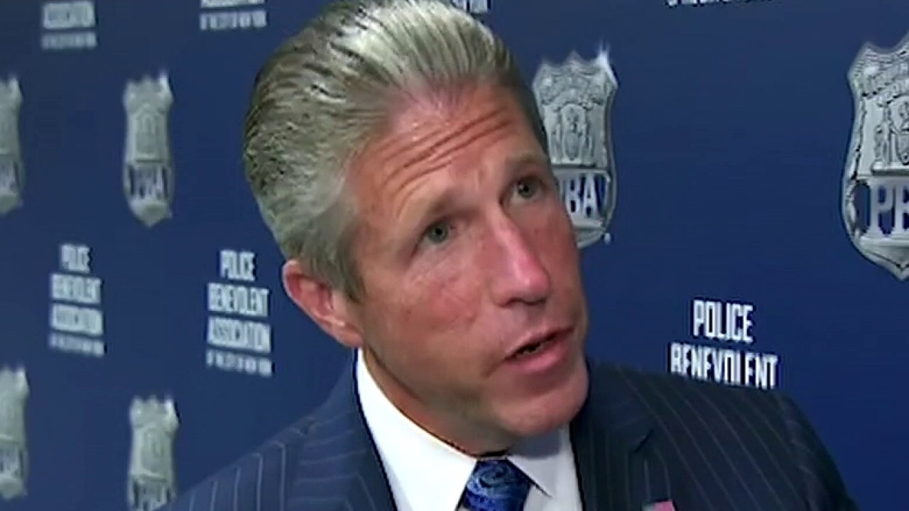 NYC Police Benevolent Association president blasts city's liberal leaders over spike in crime
