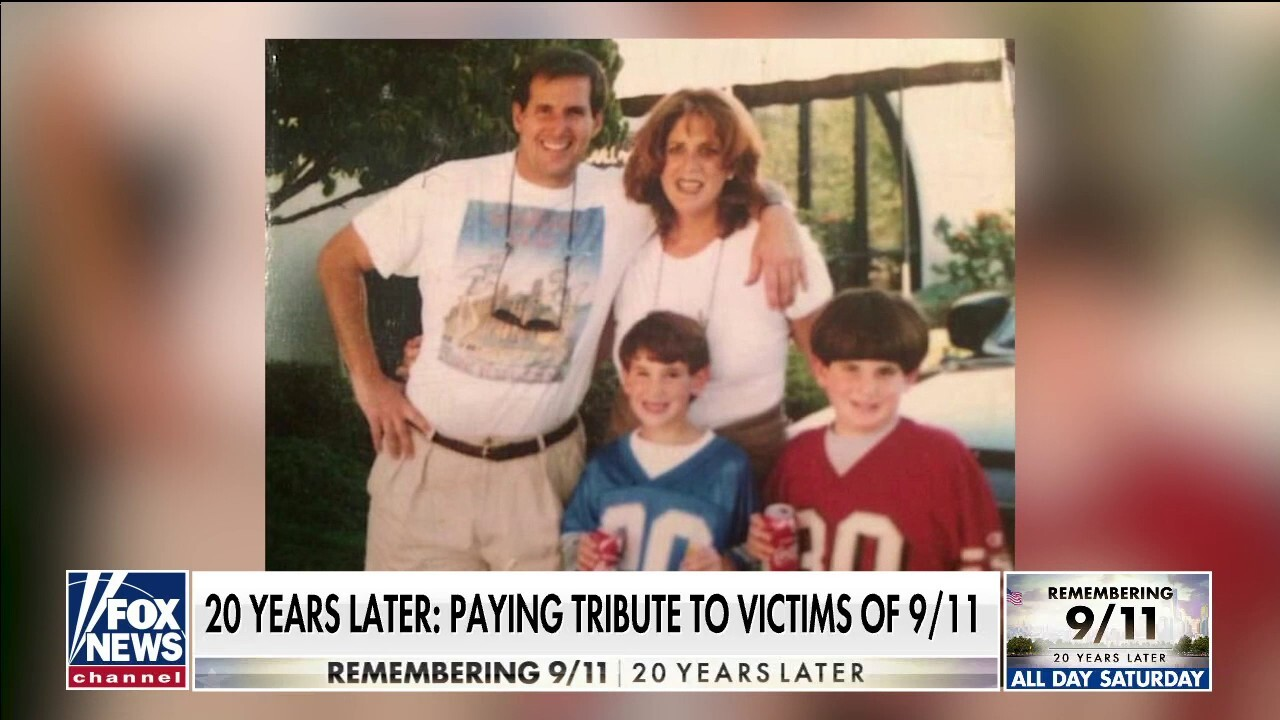 Twin brothers remember father who was killed on 9/11