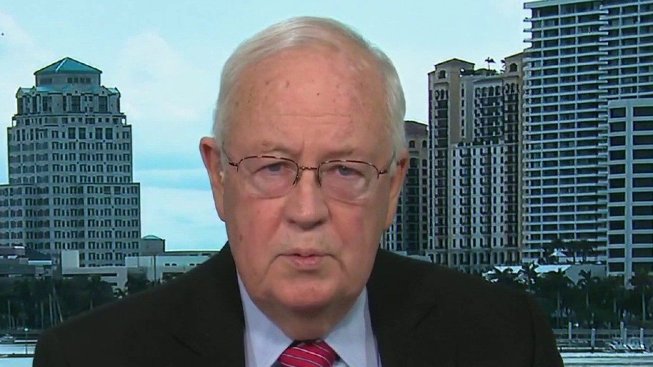 Ken Starr on Trump pardoning Stone, Manafort