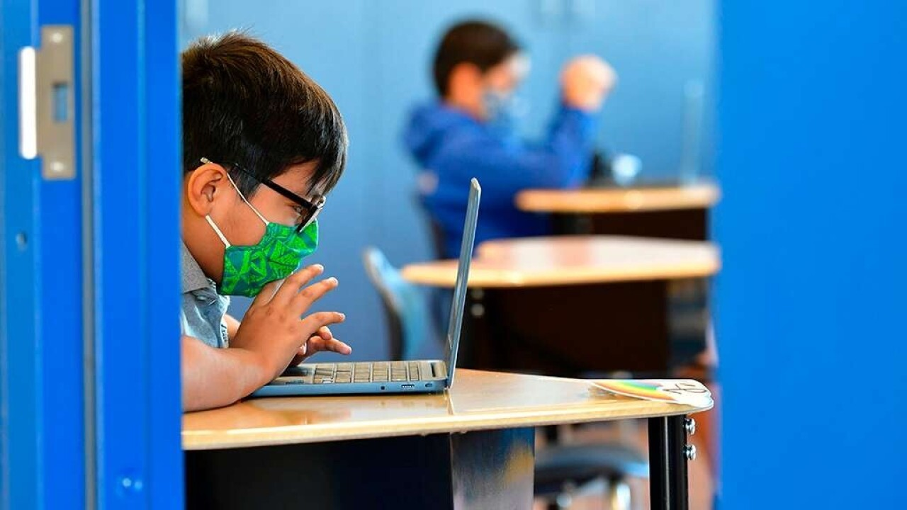 Remote learning increases failing grades, study finds