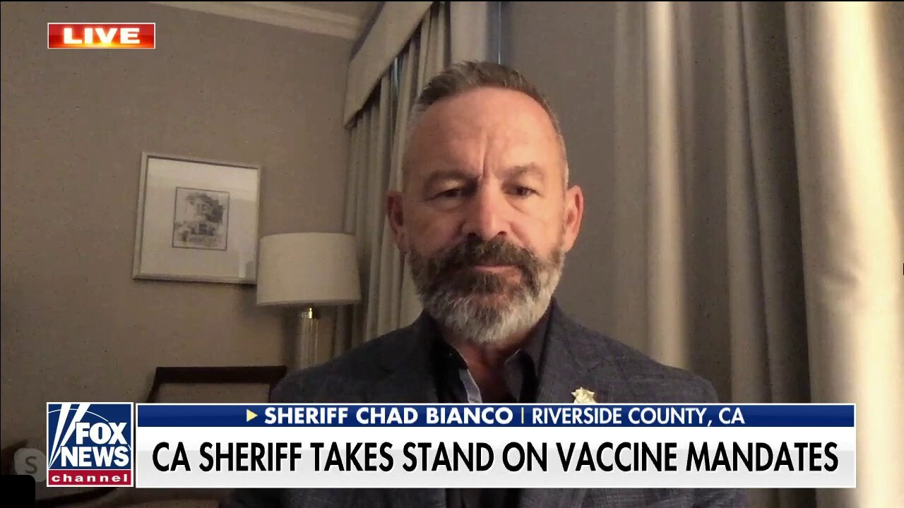 California officers thank sheriff for not forcing vaccine on colleagues