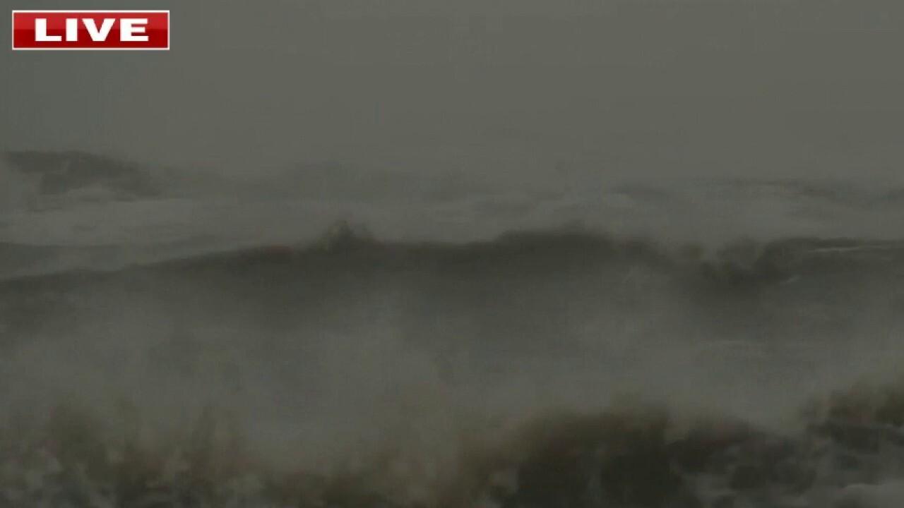Delta now a category 3 hurricane as it heads for Louisiana coast