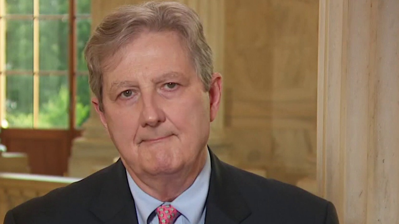 Sen. Kennedy blames Democrats for lack of progress on relief bill negotiations