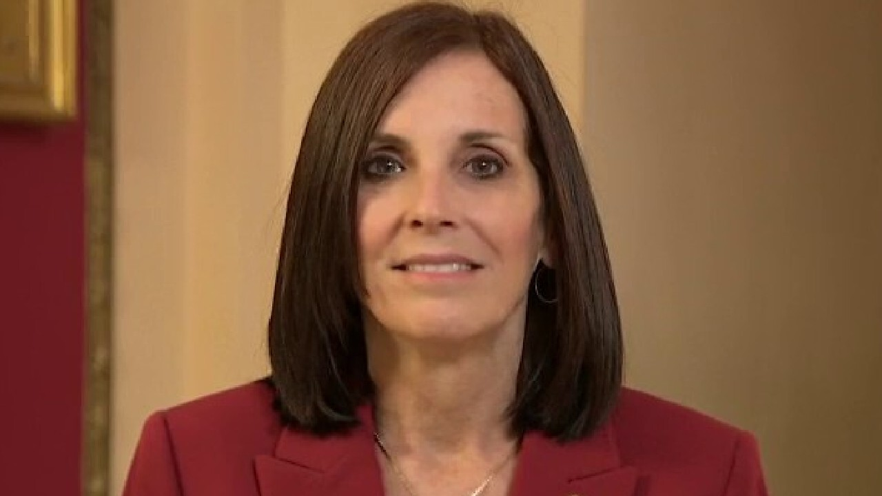 Sen. McSally: We need to act quickly to get cash to American workers