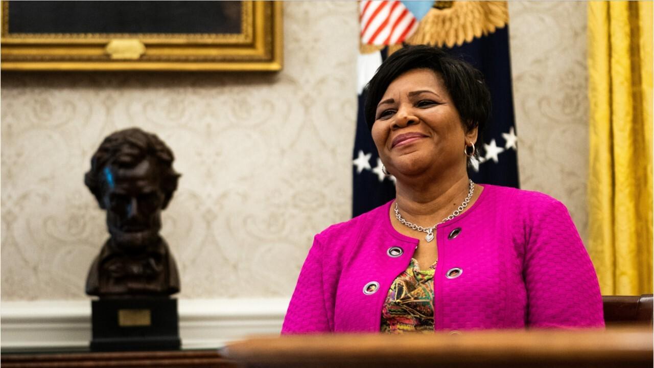 Alice Johnson receives full pardon from President Trump