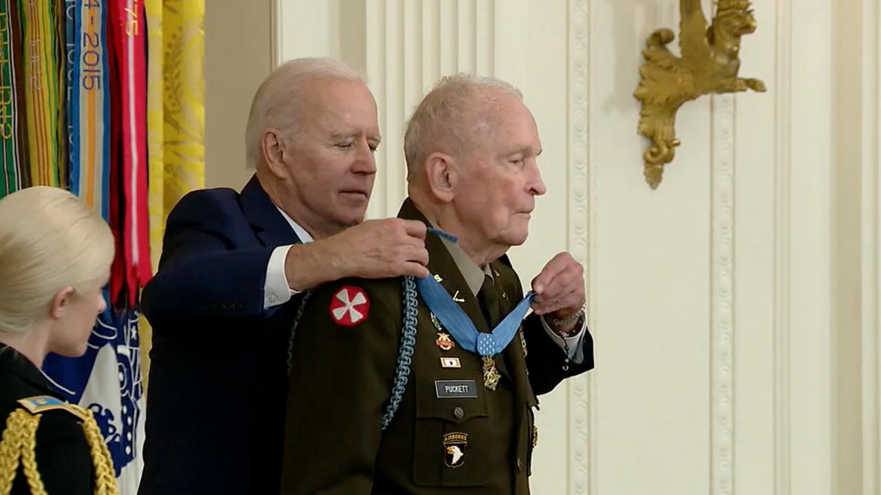Biden awards Medal of Honor to retired Army Ranger