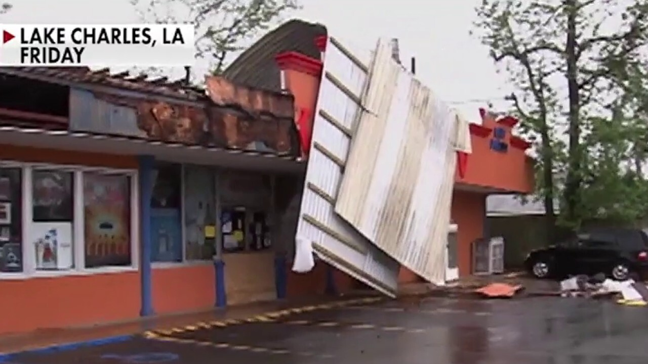 Hurricane Delta makes landfall, widespread power outages reported