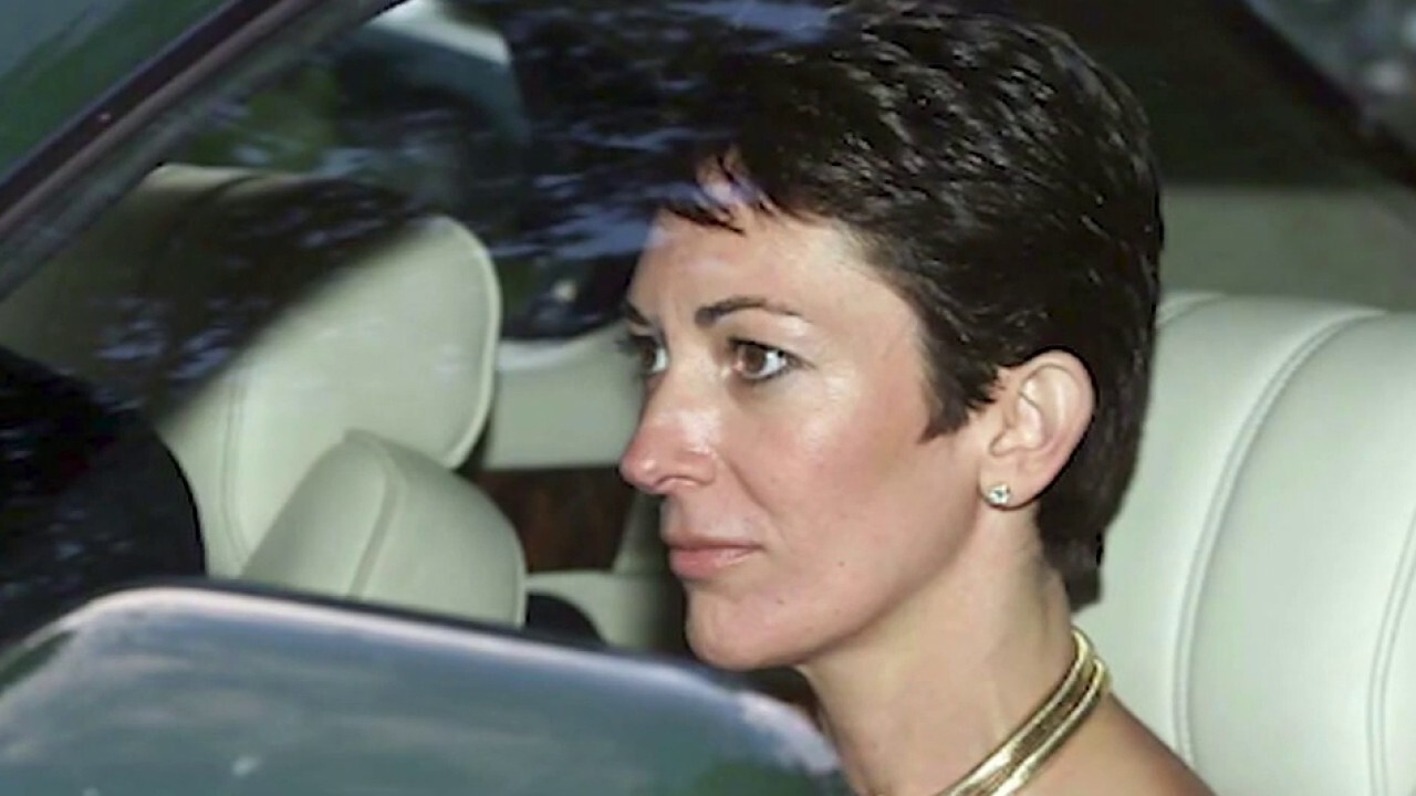 Ghislaine Maxwell's lawyers cite COVID-19 concerns, push for $5M bond and home confinement thumbnail