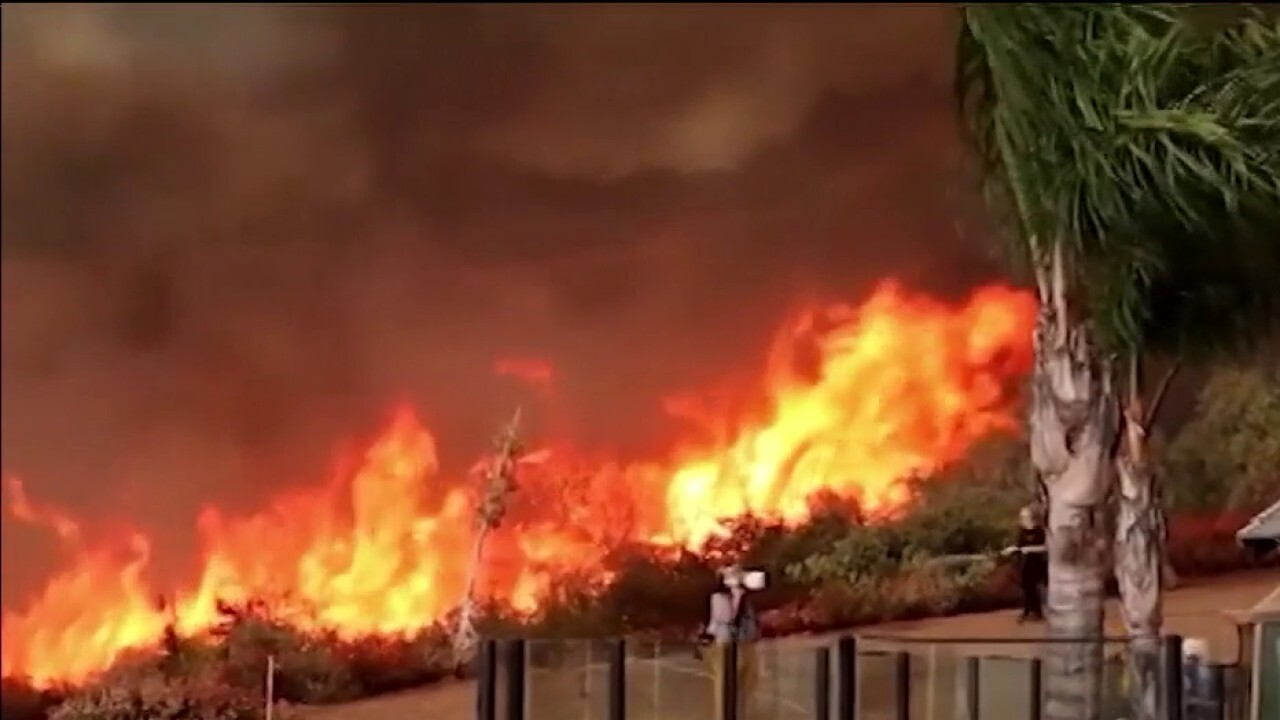 Firefighters work around clock battling dozens of wildfires in Western US