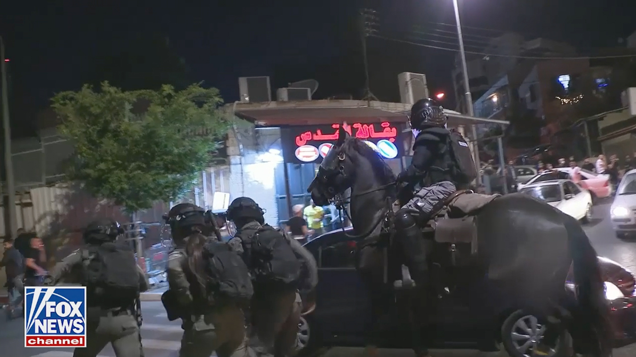 Israeli-Palestinian clashes escalate in Jerusalem in wake of court-ordered eviction of Palestinian residents
