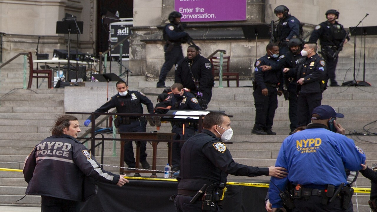 Police fatally shoot gunman outside historic New York City cathedral