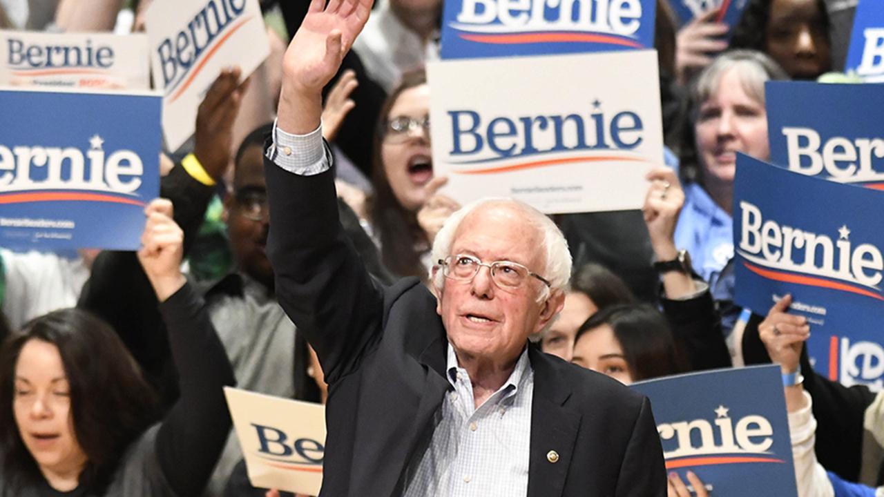 Poll: Bernie Sanders holds solid lead ahead of Nevada caucuses