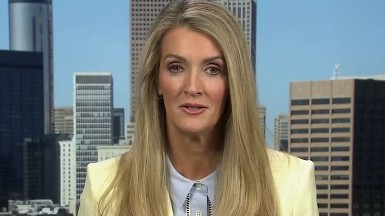 Kelly Loeffler responds to Brad Raffensperger's 'Fake Trumper' remarks