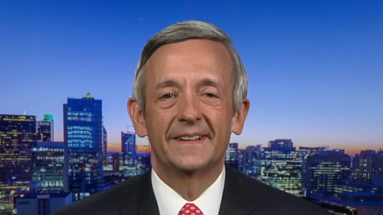 Pastor Robert Jeffress previews Vice President Pence's address to his church