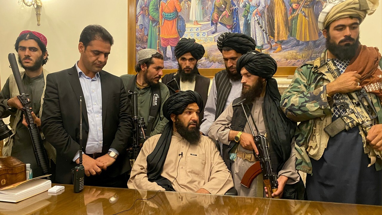 Taliban warned not to interfere with evacuations