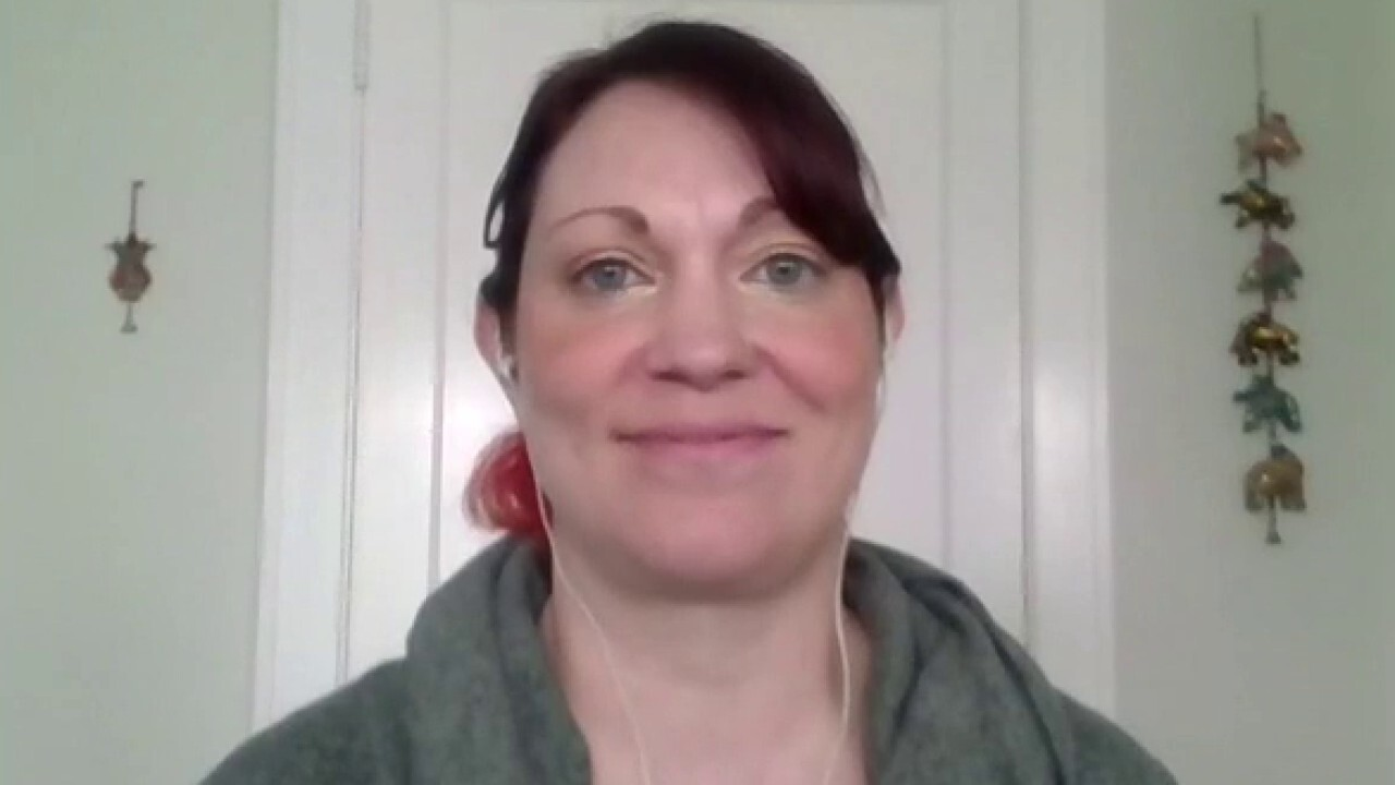Woman who recovered from coronavirus talks about initial symptoms