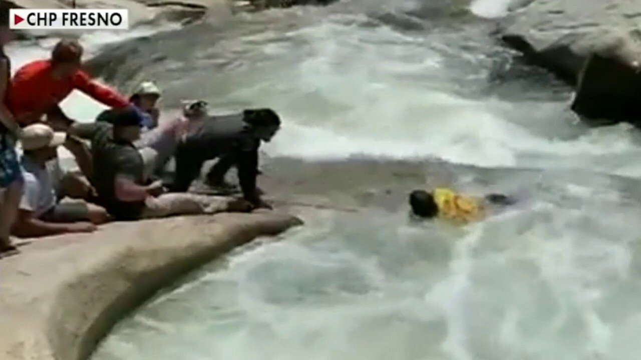 Off-duty California police officer on rescuing hiker caught in whirlpool