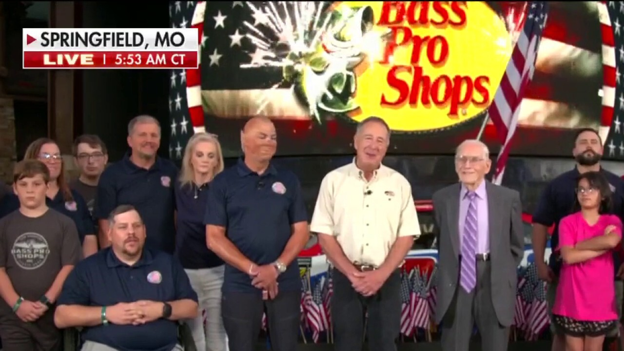 Bass Pro Shops founder donates $2M to build homes for wounded heroes