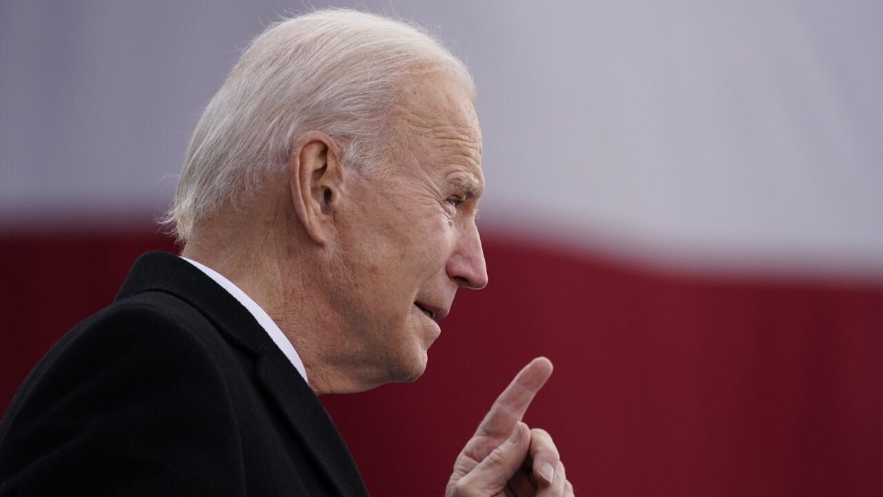 """Mainstream media treating Biden, Ad Harris piacciono le celebrità, offrendo """"nessun controllo"""": Joe shell"""