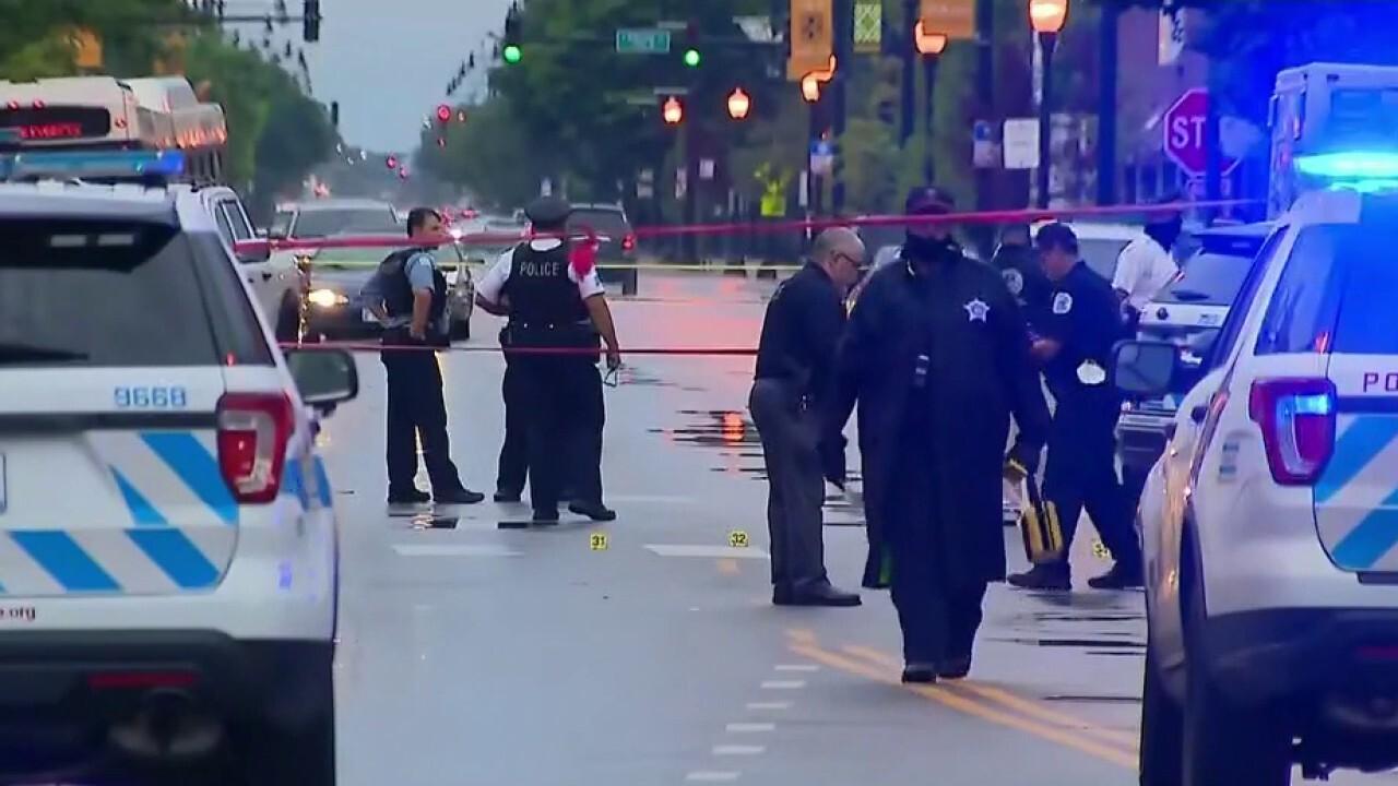 Gunmen open fire outside funeral home in Chicago