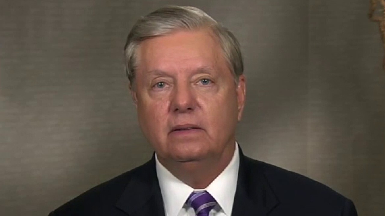 Sen. Lindsey Graham says the FBI misled the Senate Intel Committee about the Steele dossier in 2018