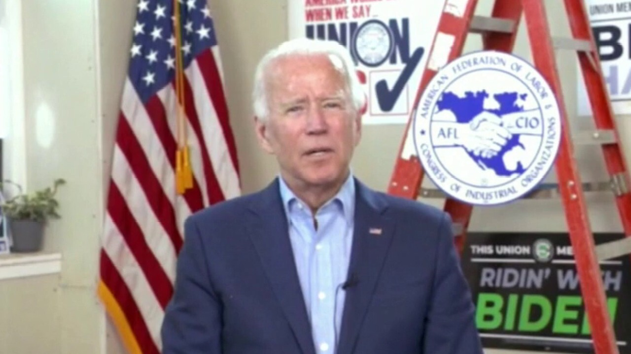 Biden, Harris hold no public events as sprint to Election Day begins