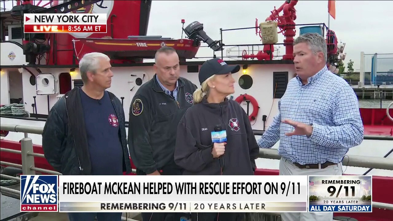 Janice Dean visits fireboat that helped save hundreds during 9/11 rescue effort
