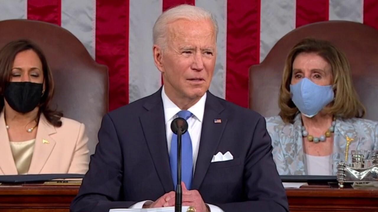 Ingraham: Biden undermines police in address to Congress