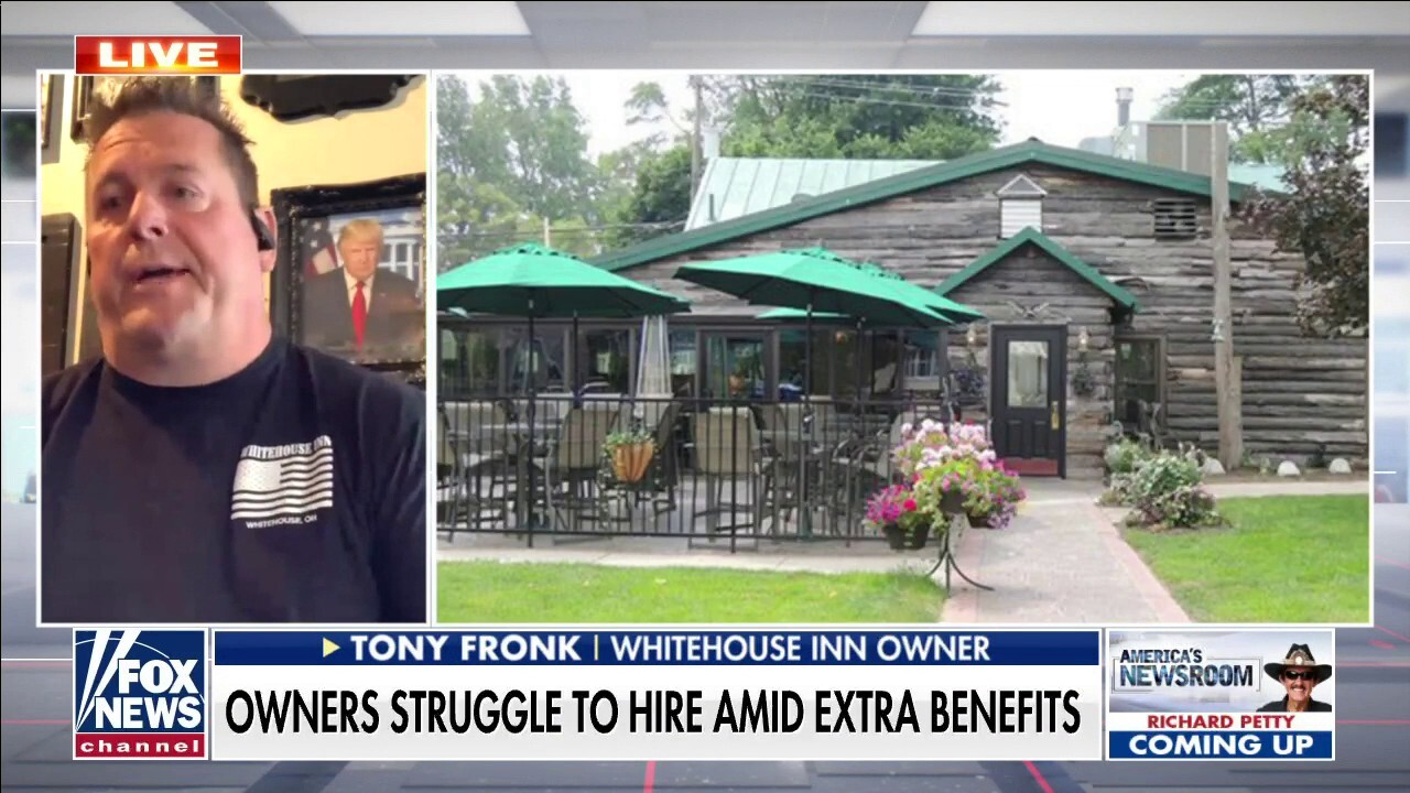 Restaurant owner struggles to hire amid COVID pandemic, even with 1k employee signing bonus