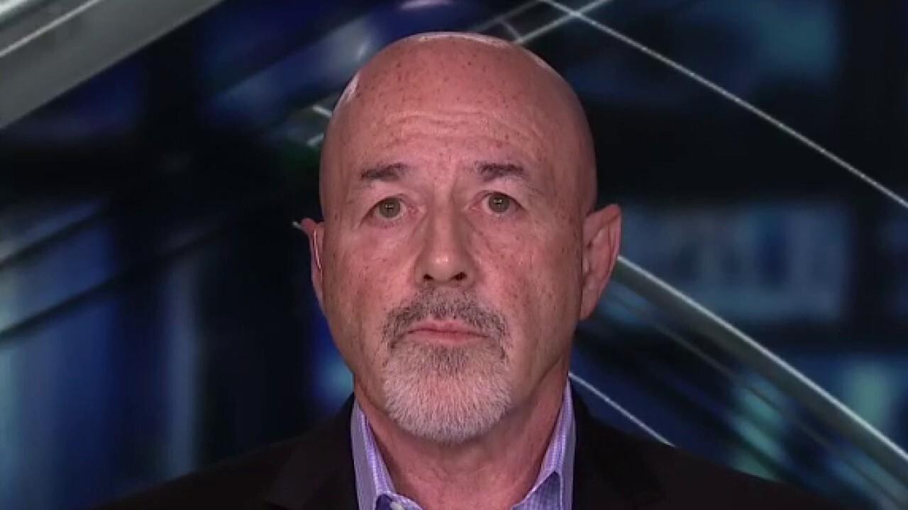 Bernard Kerik on Mayor de Blasio, Gov. Cuomo's failure to protect New York City from looters