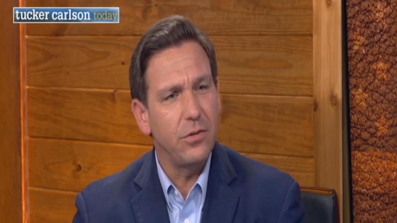 Ron DeSantis tells Tucker the mainstream media has 'lost credibility'