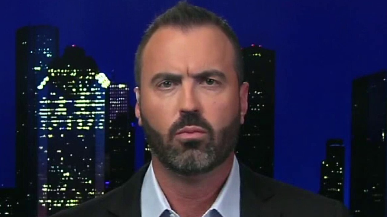 Jesse Kelly: I detest the 'scumbags in the White House' as much as the Taliban