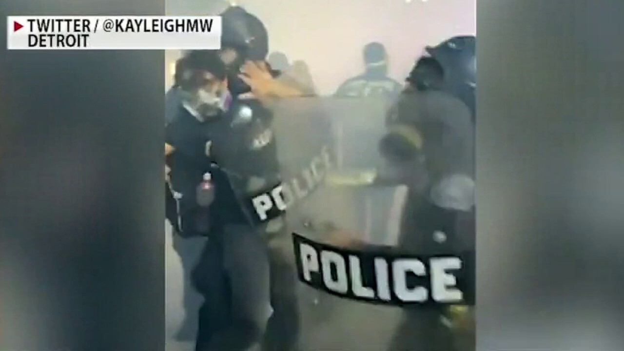 Judge bans Detroit police from using tear gas, batons or rubber bullets against peaceful protesters