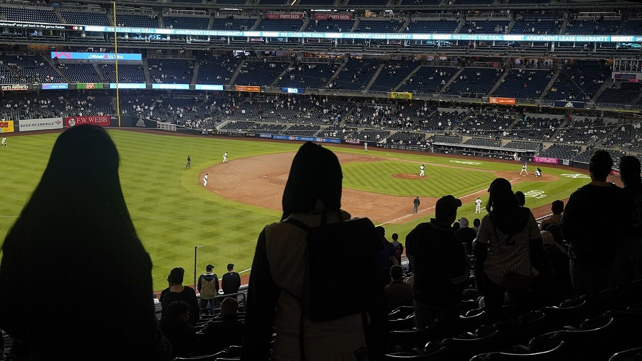 Sports events to separate spectators in stadiums, offer 'vaccinated' seating section