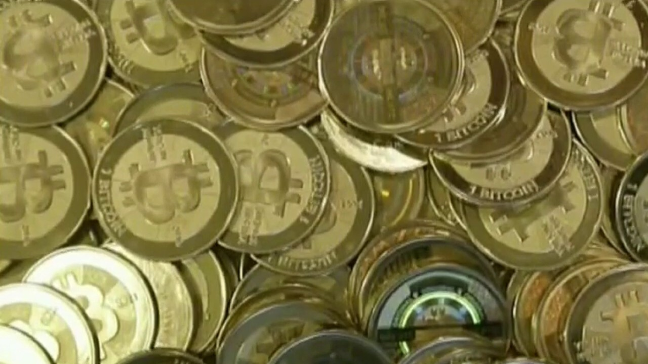 Jan Van Eck weighs in on Bitcoin regulation and gold outlook on 'Barron's Roundtable'