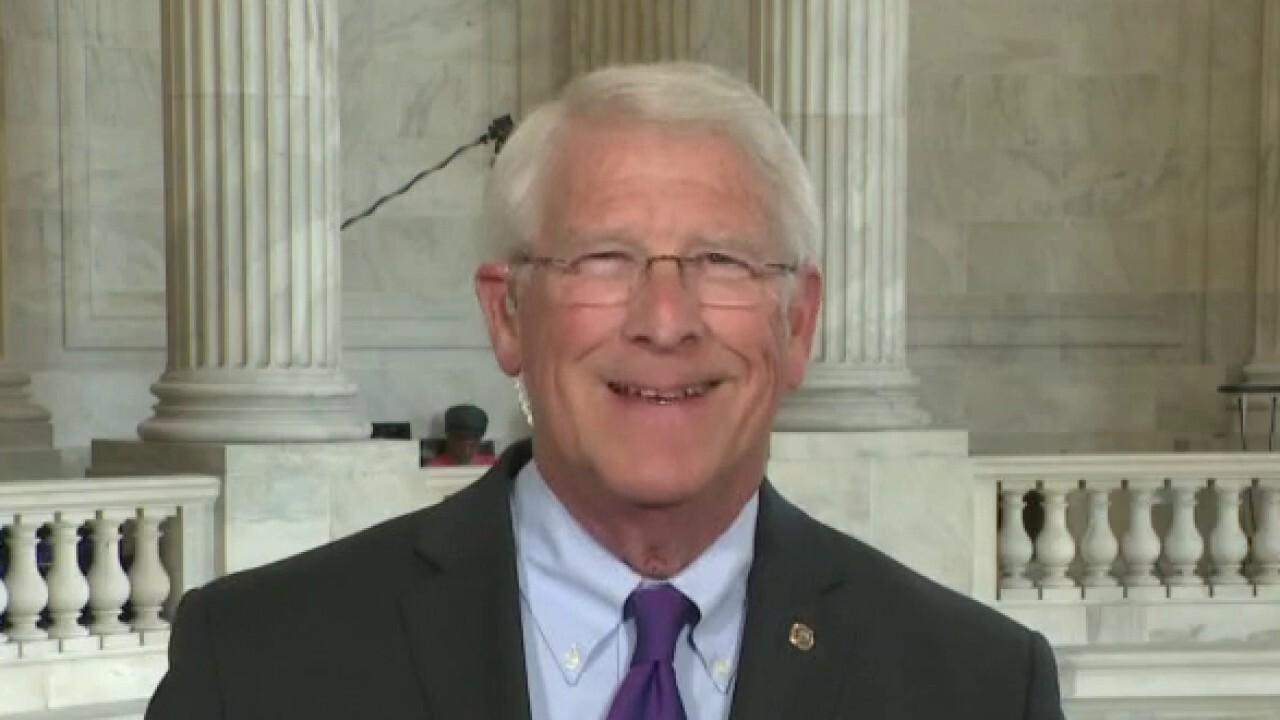 Sen. Wicker details bipartisan infrastructure meeting with Biden