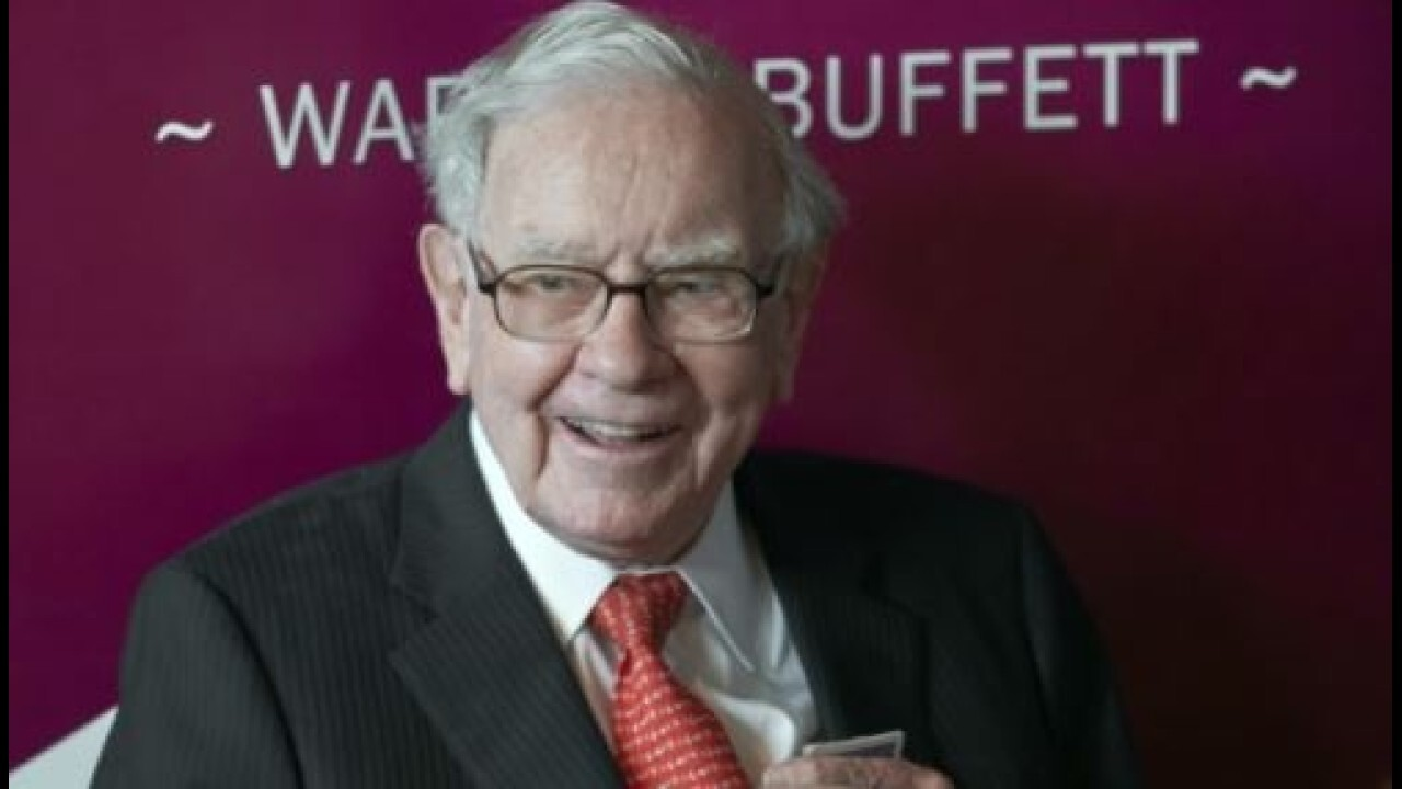 Did Warren Buffett make a mistake selling Apple stock?