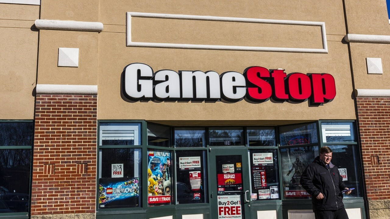 Home Depot co-founder Ken Langone discusses market valuation as the gaming retailer's stock climbs.