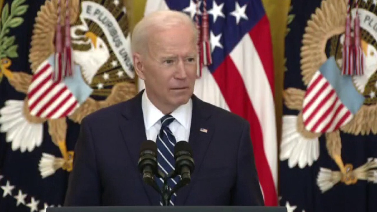 What's stopping Biden from granting clemency to people he promised to help?