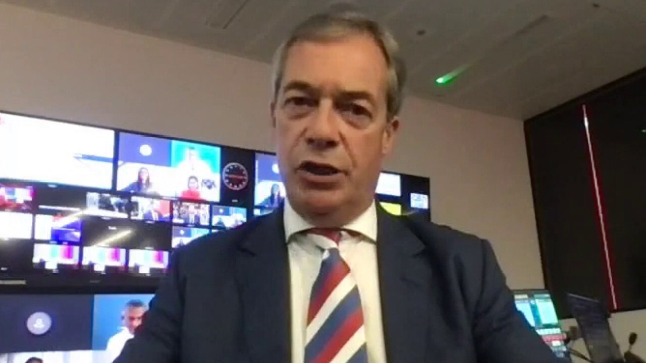 Nigel Farage on 'lunacy' of going green: Lights 'could go out' in Britain in February