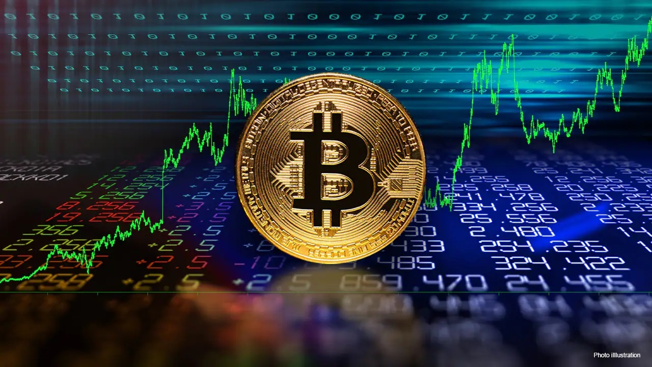 Valour Structured Products CEO Diana Biggs discusses how bitcoin is becoming more accepted by institutions on Wall Street.