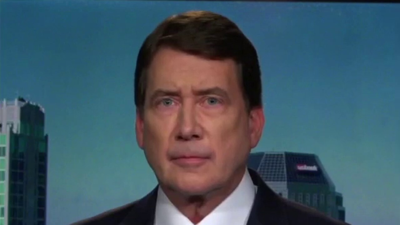 The Tennessee Senator tells 'Fox Business Tonight' that he was sent from his home state to 'protect the taxpayers interest'