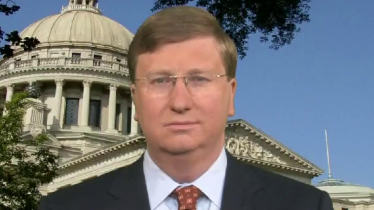 Mississippi gov says coronavirus hospitalizations 'plummeting,' state doing 'quite well'