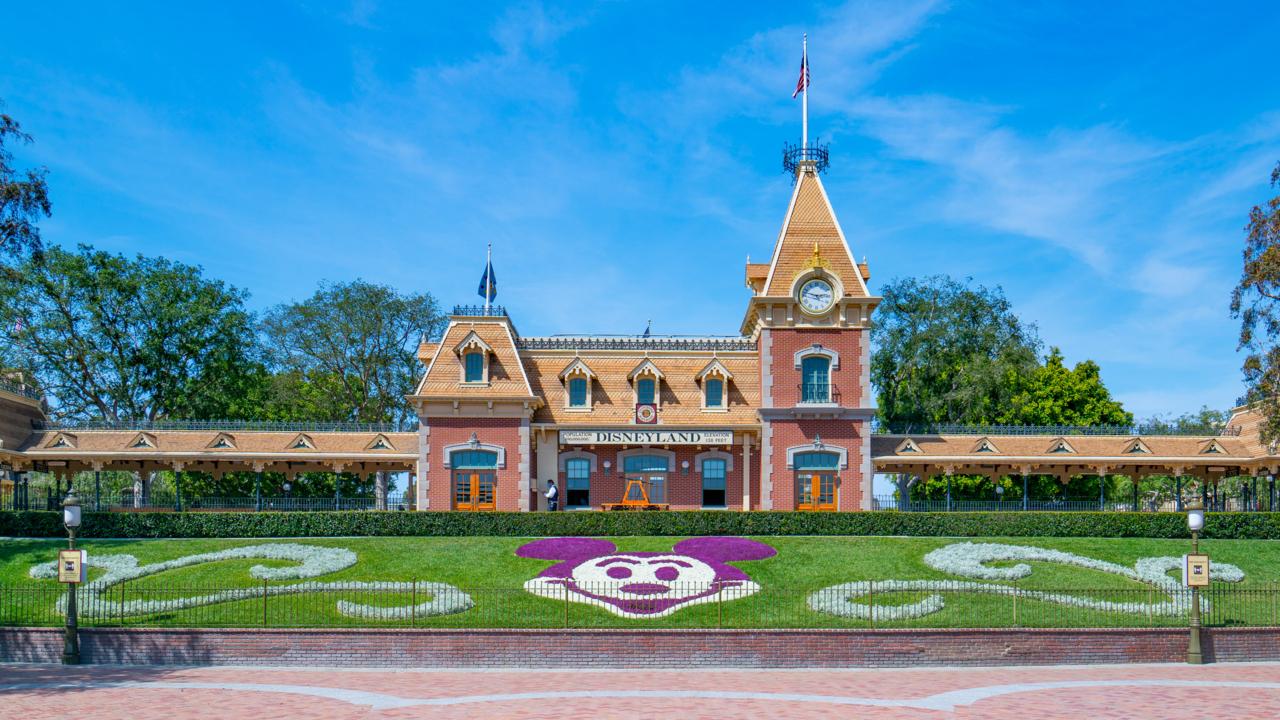 Disneyland reopens after 13 month shutdown