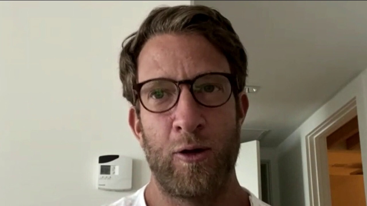 Barstool Fund raises over $36M to save small businesses; Barstool Founder joins Maria Bartiromo's 'Wall Street' to discuss