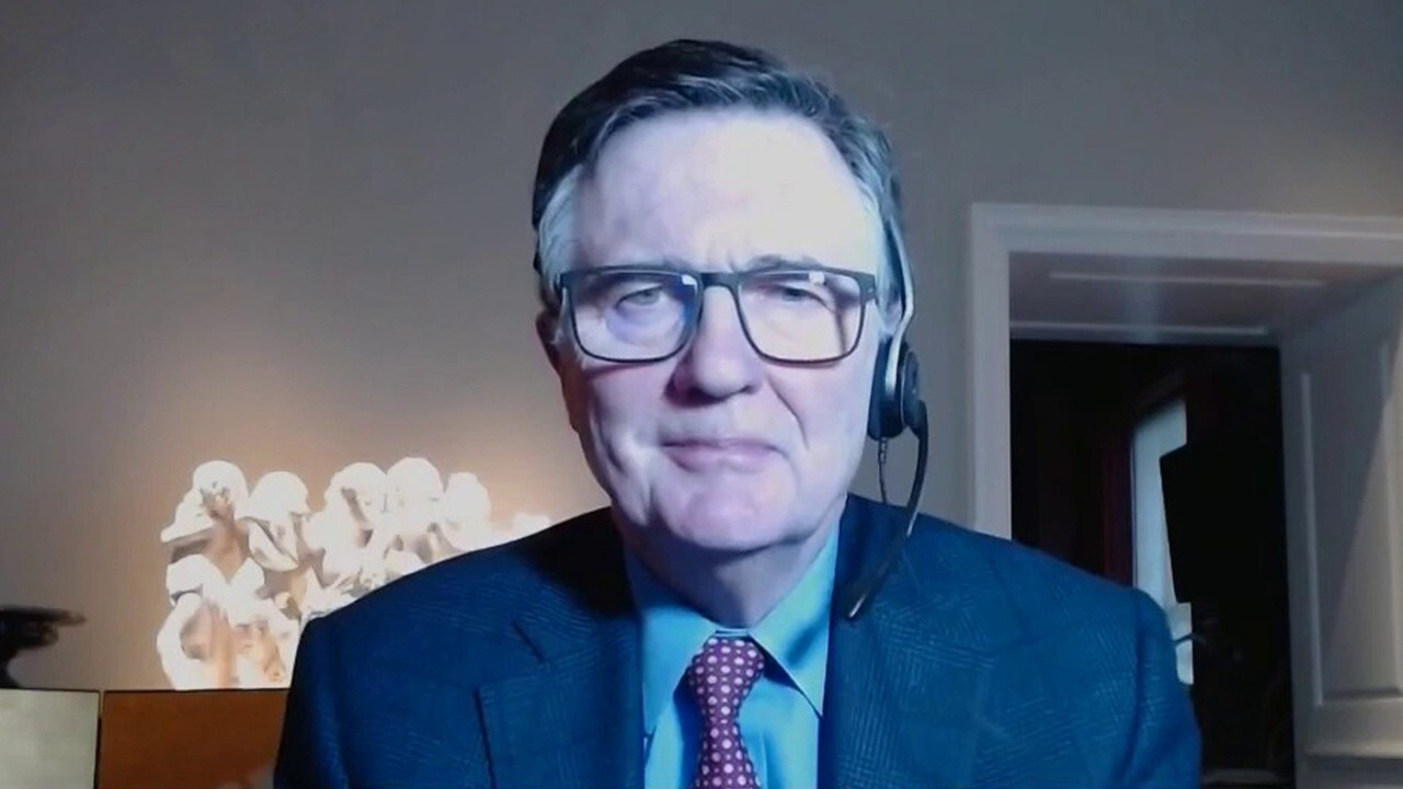 Former Atlanta Federal Reserve CEO and President Dennis Lockhart on his outlook for U.S. economic growth and recovery, raising taxes and inflation.