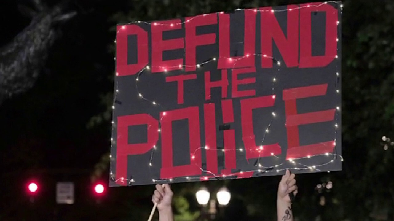 Police departments struggle to recruit officers as crime rates skyrocket