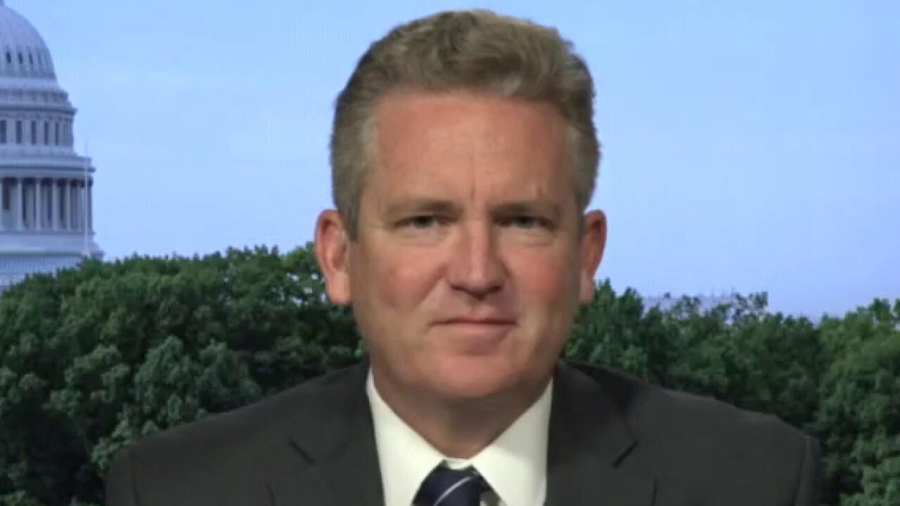 Bob Cusack, editor-in-chief of The Hill, explains why 'the moderates don't like what they are hearing from the president.'
