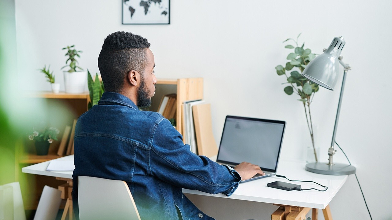 Remote work poll: 41% of people want hybrid workplace